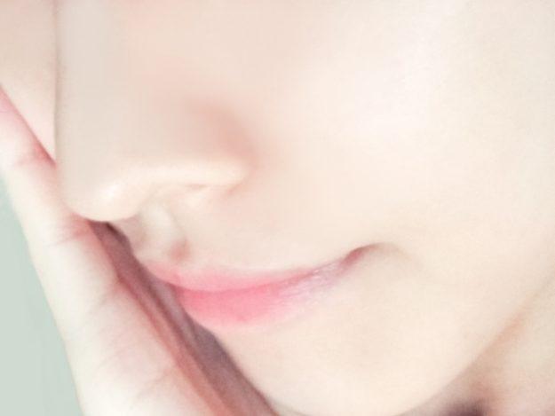 唇の美しい女性