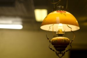 北欧風のアンティーク照明器具